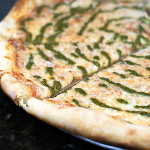 16. Pesto Pizza Veg/Chicken