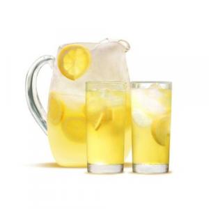 43. Fresh Lemonade with Ice - Da Chanh (13 oz)