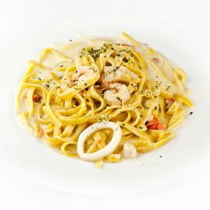 Seafood Fettuccini Cream Sauce