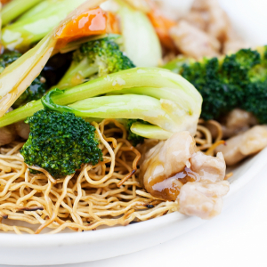 Chicken & Vegetable Crispy or Soft Noodle