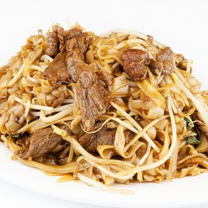 71b. Beef Pan-Fried Rice Noodles