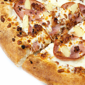 Spicy Tropical Hawaiian Pizza