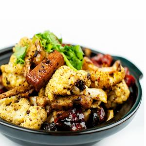 064.干锅茶树菇鸡  Dry Wok Stir Fry Spicy Chicken and Dried Cyclocybe Aegerita