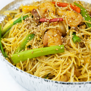 Singapore Noodle with Chicken and Shrimp