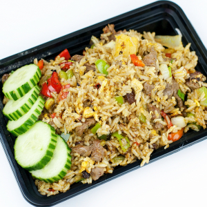 Minced Beef with Lettuce Fried Rice 生炒牛肉飯