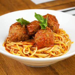Spaghetti in Beef Sauce