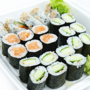 Assorted Sushi (26 Pieces + 2 Hand Roll)