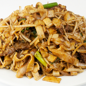 Pan-Fried Rice Noodles with Beef in Black Bean Sauce