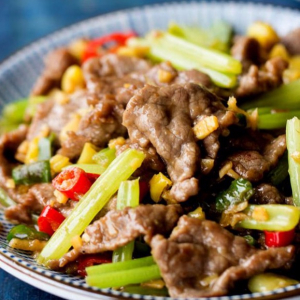 Sliced Pork with Hunan Dried Vegetables 梅菜扣肉