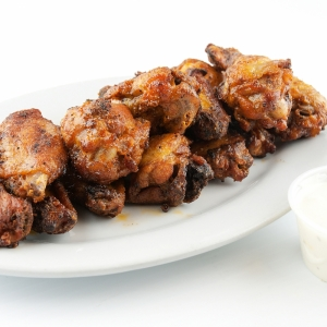 Dry Garlic Chicken Wings