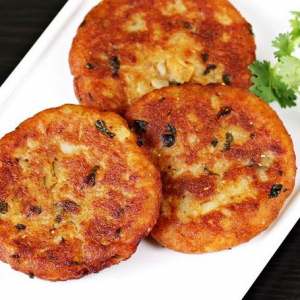 5. Aloo Tikki with Chana