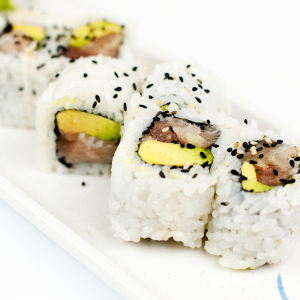 14.Tuna & Avocado Roll