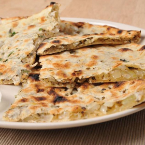 Onion Kulcha Bread
