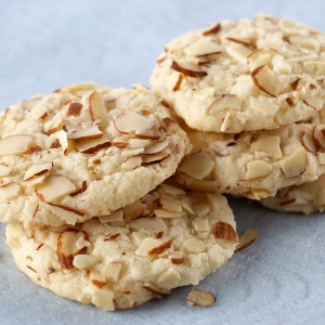 99. Almond Cookies (10 pcs)