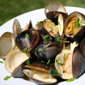 45. Clams with Black Bean Sauce