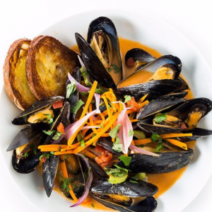 104. Thai-Style Stir-Fried Mussels