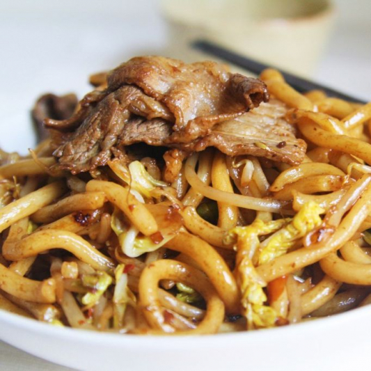 135. Beef Fried Udon or Flat Rice Noodle