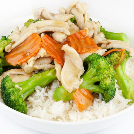 98. Sliced Beef or Chicken with Broccoli on Rice