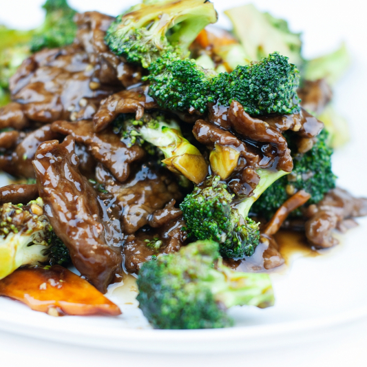 D25. Beef & Chinese Broccoli