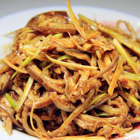 B09. Shredded Pork Tripe in Chili Sauce