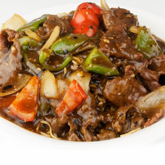 100. Beef with Green Peppers and Onions in Black Bean Sauce