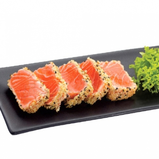 Seared Salmon (Salmon Tataki) Sashimi (8 pcs)