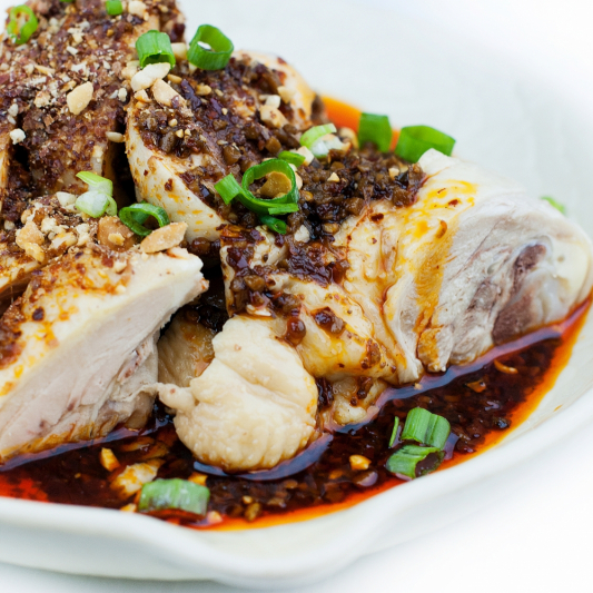 84. Chicken with Black Bean Sauce (Boneless)
