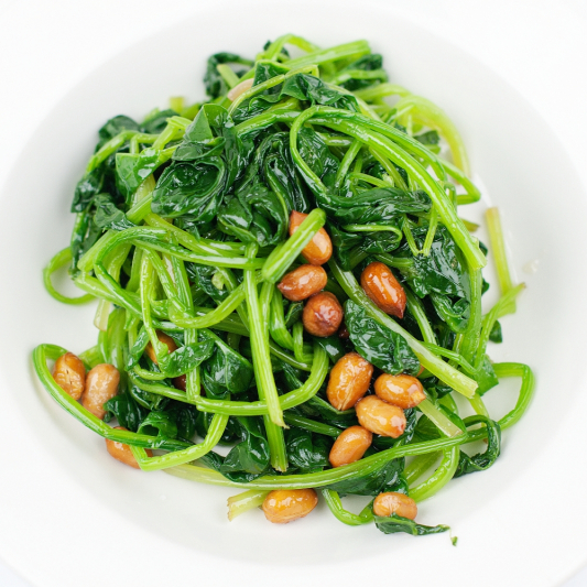 Nuts & Spinach with Sauce 果仁菠菜