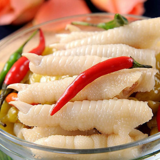 106- steamed chicken feet 凤爪