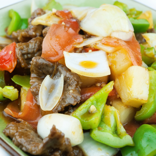Sliced Beef With Sweet Ginger & Pineapple