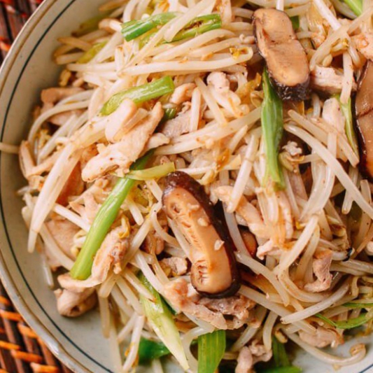 237. Stir-Fried Bean Sprouts with Assorted Meat