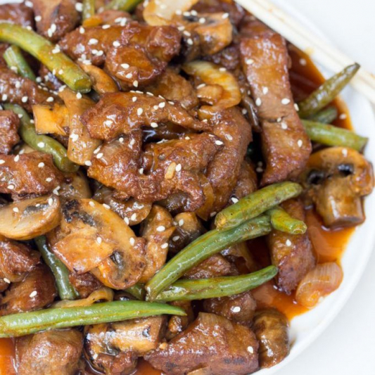 Beef and Mushrooms in Oyster Sauce 蚝油牛肉
