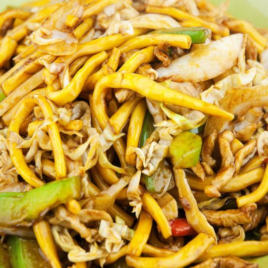 082. 炒手拉面 Stir Fry Shanghai Noodle with Cabbage, Egg, Pork and Shrimp