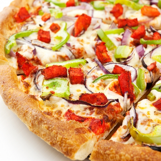 7. Tandoori Chicken Pizza