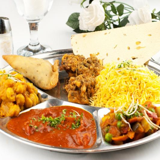 17. Berbal Ki Pasand Veggie Thali