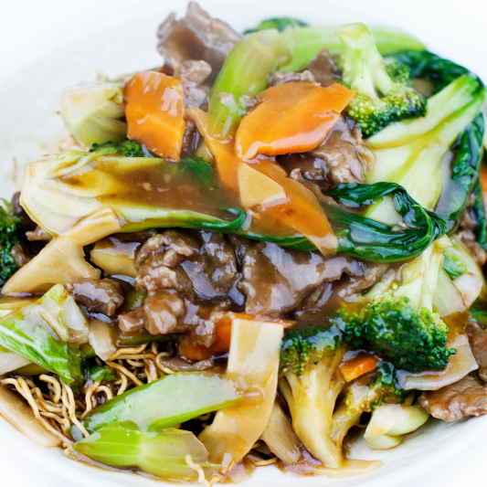 Beef & Vegetable Crispy or Soft Noodle