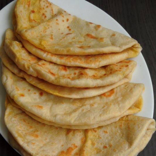 Parothe / Set Dosa / Chapati / Puri (2Pcs.)
