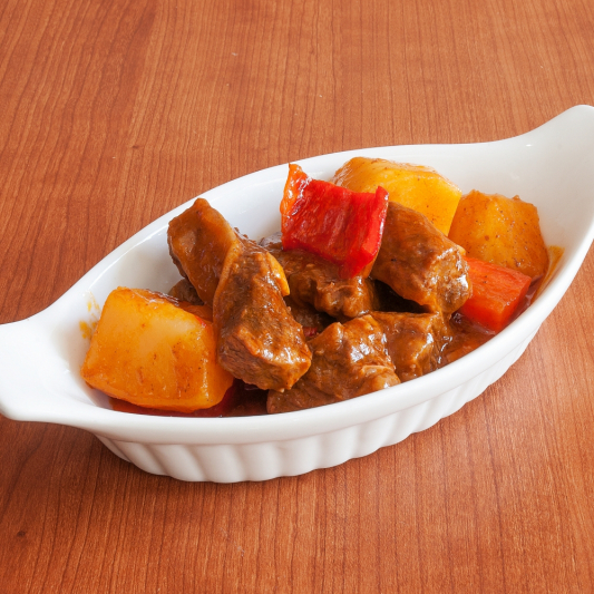 Mango Red Curry Beef