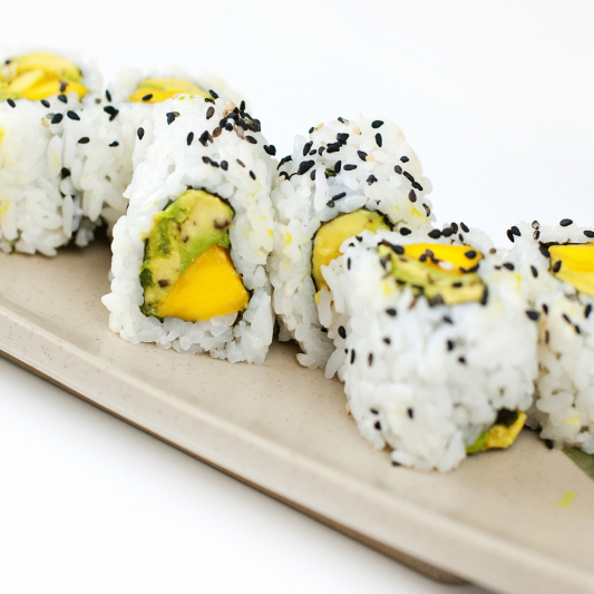 13. Mango & Avocado Roll (8 pcs)