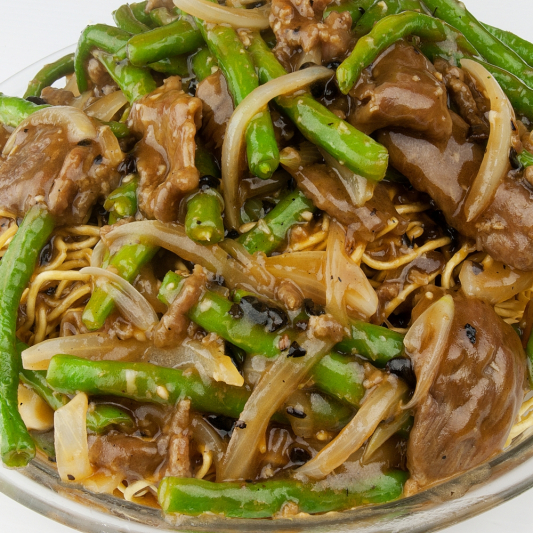 Fried Yee Mein with Mushrooms