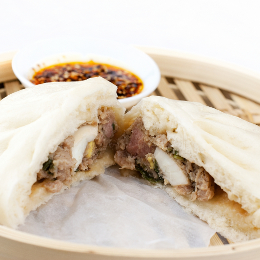 10D. 叉燒包 BBQ Pork Bun (2 pcs)