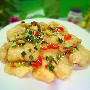 F13. Deep-Fried Fish Fillet with Black Pepper 椒盐鱼片