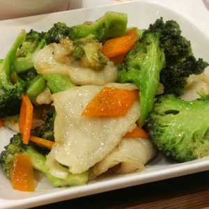 66. Stir Fried Sliced Fish with Vegetables