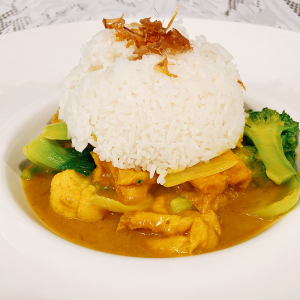 Coconut Curry Stir-Fry and Rice Vegan