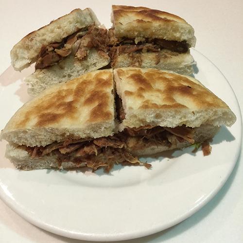 H04. Beef/Lamb Pancake 清真牛羊肉夹饼