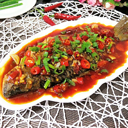 F17. Braised Fish with Spicy Bean Sauce 豆瓣鱼