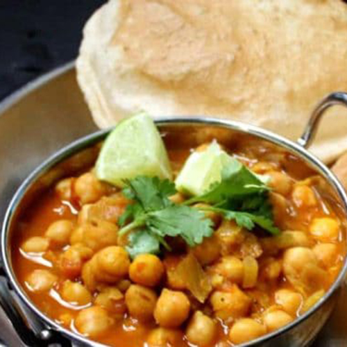 Chole Bhature (2 Poories/Chana)
