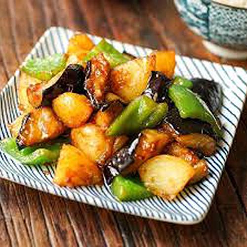 G06. Fried Eggplant, Potato & Green Pepper 地三鲜
