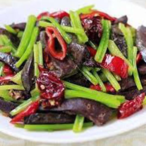 A30. Stir-Fried Lamb Lung with Green Chilli Pepper 尖椒炒羊肺(羊肝)