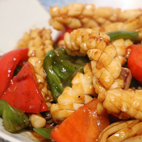 F22. Squid with Chilli Green Pepper